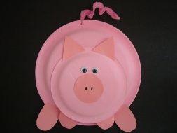 cerdo con platos