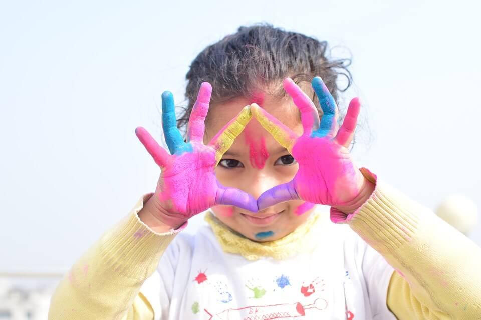 5 Manualidades Con Niños De 2 A 3 Años Fáciles Y Sencillas