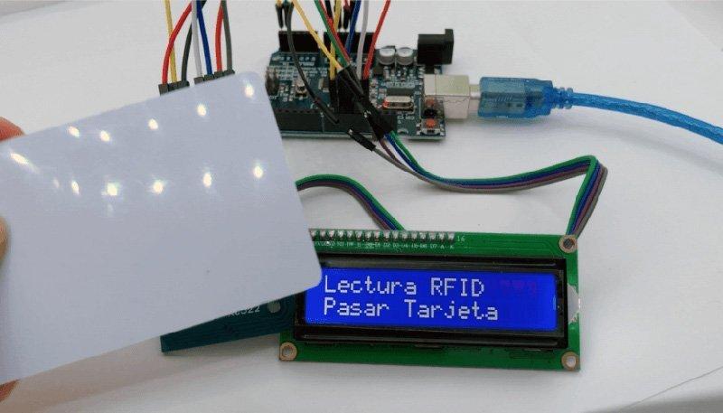 RFID con pantalla LCD